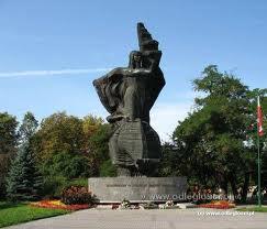 Opole - Pomnik Bojownikom o Polsko�� �l�ska Opolskiego