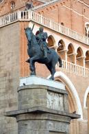 Padwa Pomnik Gattamelaty