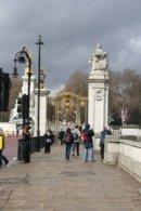 Londyn Londyn, wejście do St. James's Park od strony Buckingham Palace