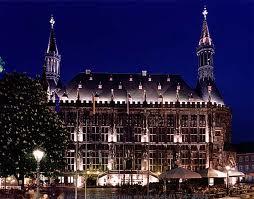 Akwizgran - Ratusz w Aachen