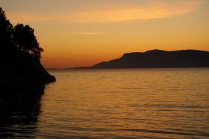 Norwegia - Bia�e noce w Norwegii