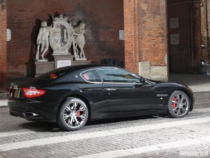 W�ochy - Luksusowe samochody produkowane we W�oszech