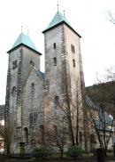 Bergen Jego budowę rozpoczęto około 1130 r., a zakończono w 1180 r