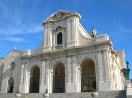 Cagliari - Bazylika Mniejsza i Sanktuarium Matki Bożej z Bonaria