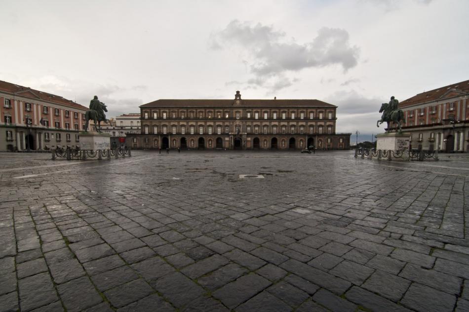 Pałac królewski w Neapolu