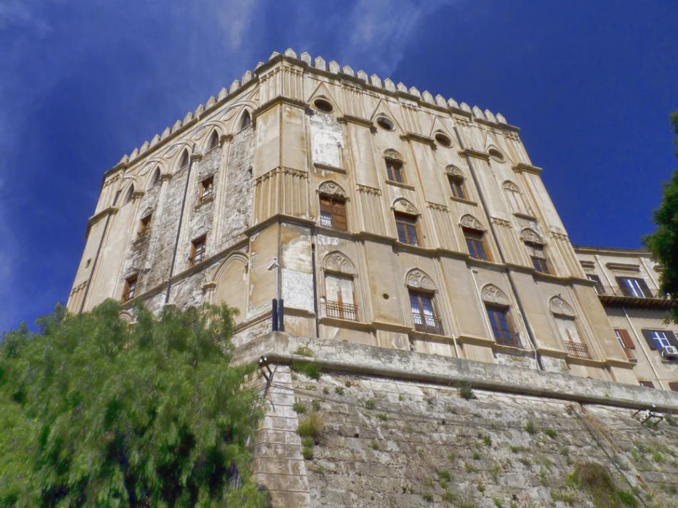 Palazzo di Normani