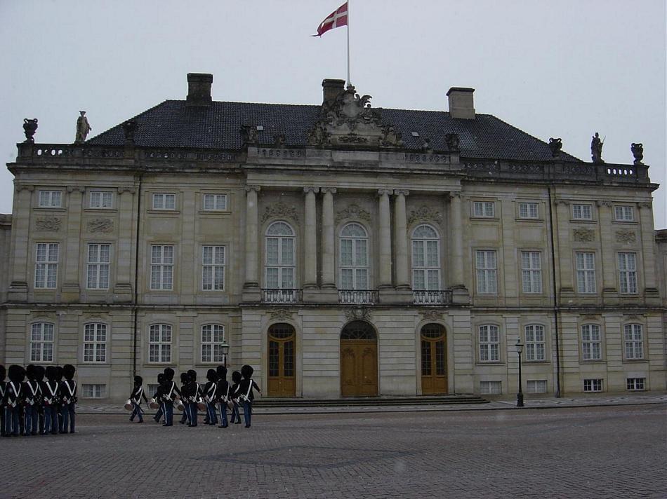 Kopenhaga - Barokowy Pałac Królewski, siedziba duńskich monarchów i dworu królewskiego
