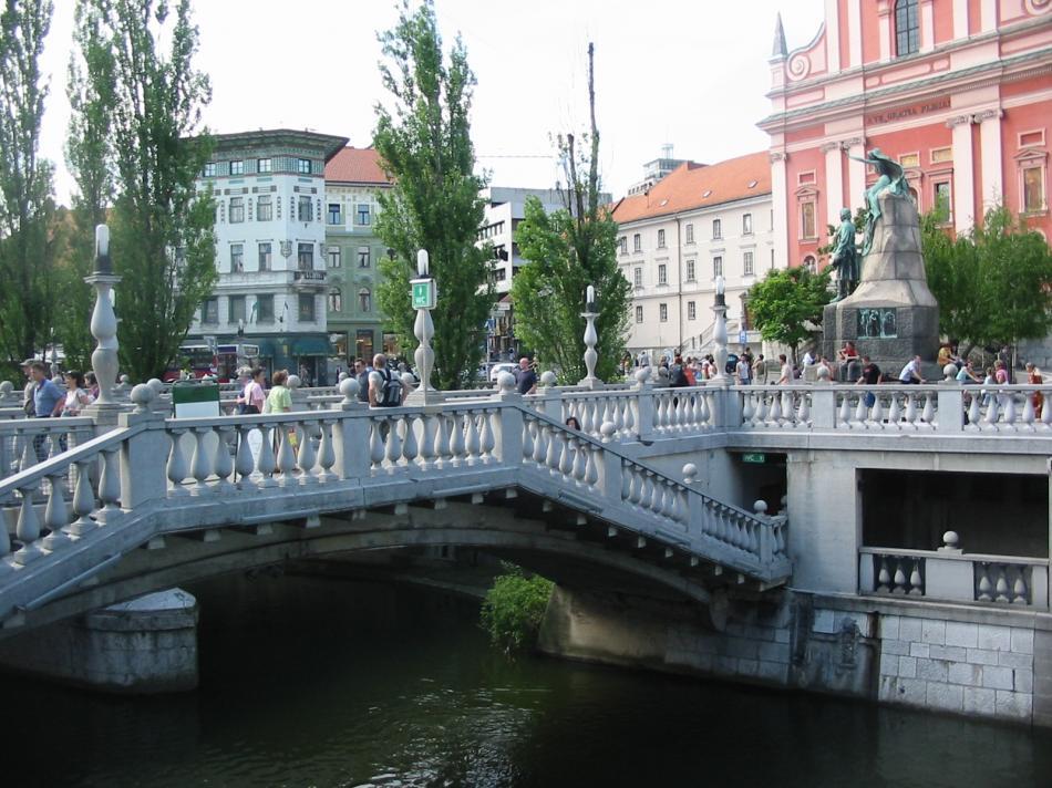 Potrójny Most