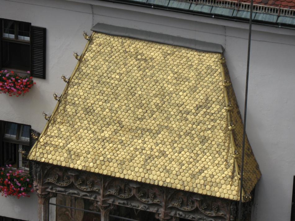 Złoty dach