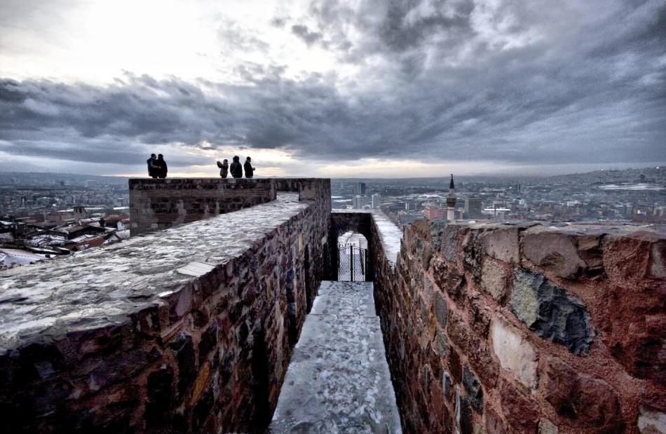 Bizantyjskie mury obronne z cytadelą
